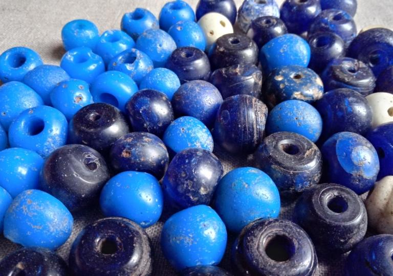 Beads (2)
